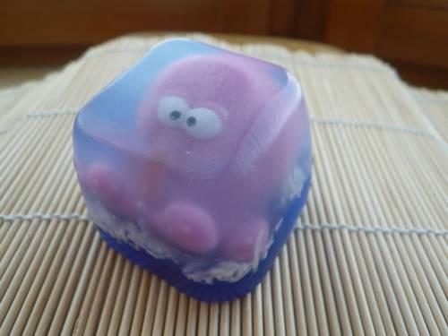 Как сделать мыло с игрушкой